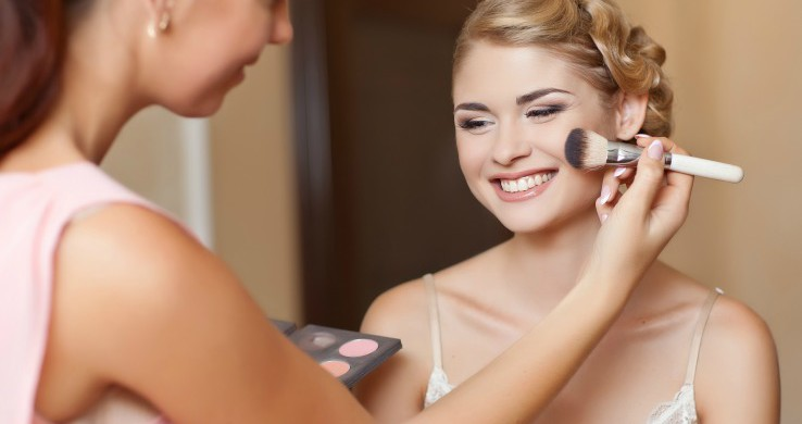 Happy-client-during-makeup-client-consultation