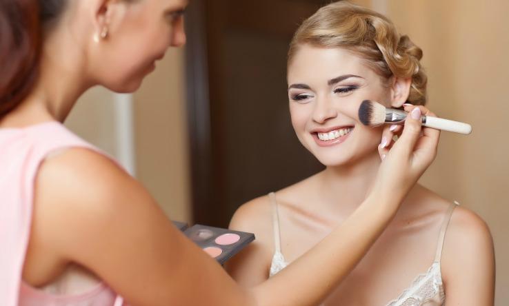Happy-client-during-makeup-client-consultation